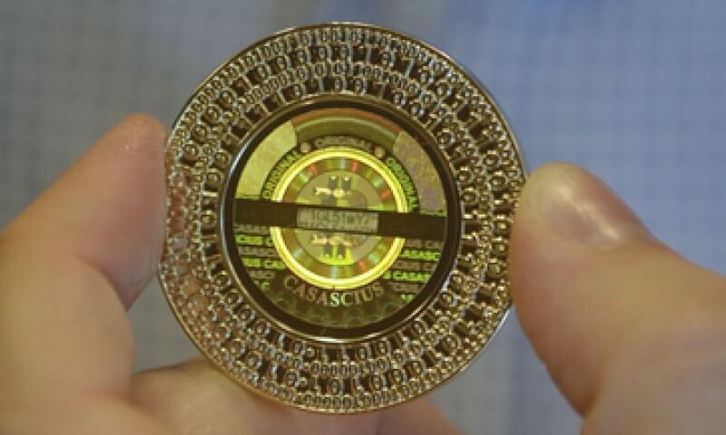El Gobierno de EU ha dado pasos para contener la moneda. (Foto: AP)