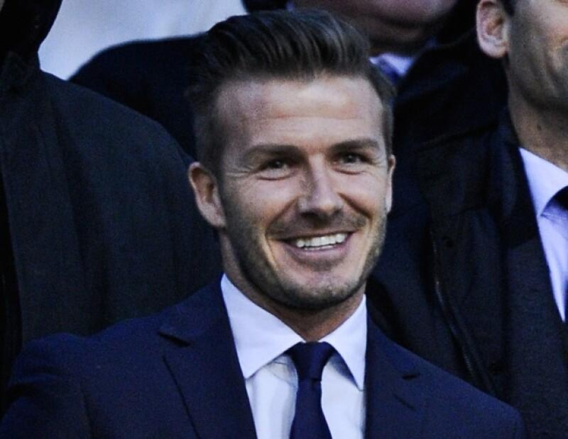 David Beckham vivirá temporalmente en París para jugar en el club Paris St Germain.