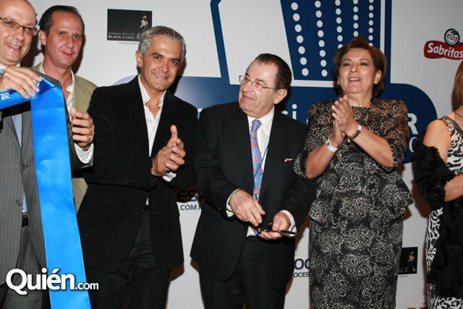 Miguel Ángel Mancera, Leopoldo Hirson junto a Isabel Miranda de Wallace.
