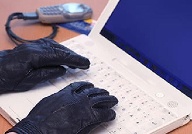 El peligro de filtración también está en el envío de datos a teléfonos, correos, blogs o dispositivos. (Foto: Photos to Go)