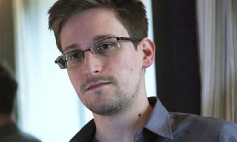 Edward Snowden corre el riesgo de ser arrestado y extraditado si se encuentra en algún país aliado de Washington. (Foto: Reuters)