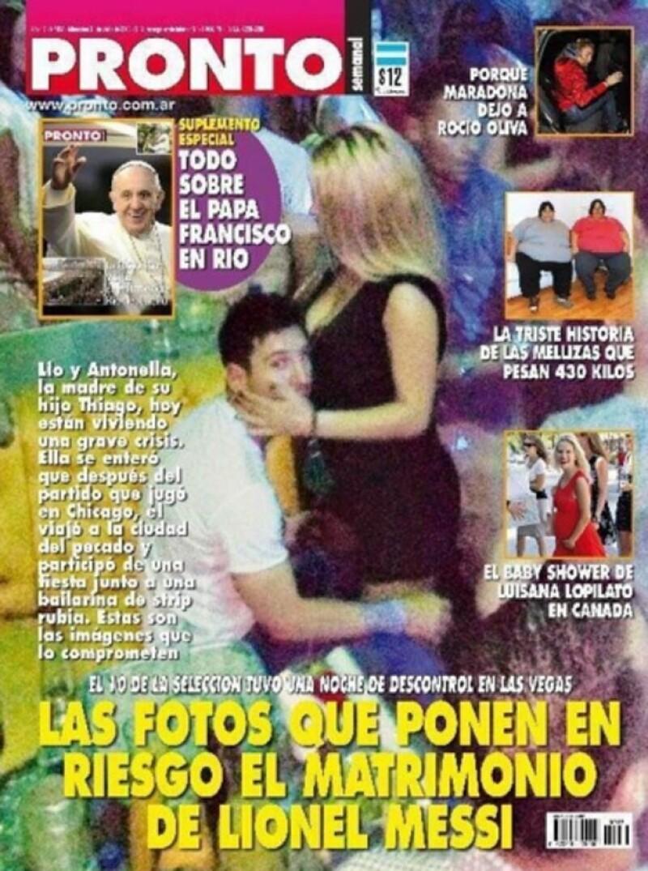 Se dice que el futbolista se percató de que había sido fotografiado y se apartó de la mujer.
