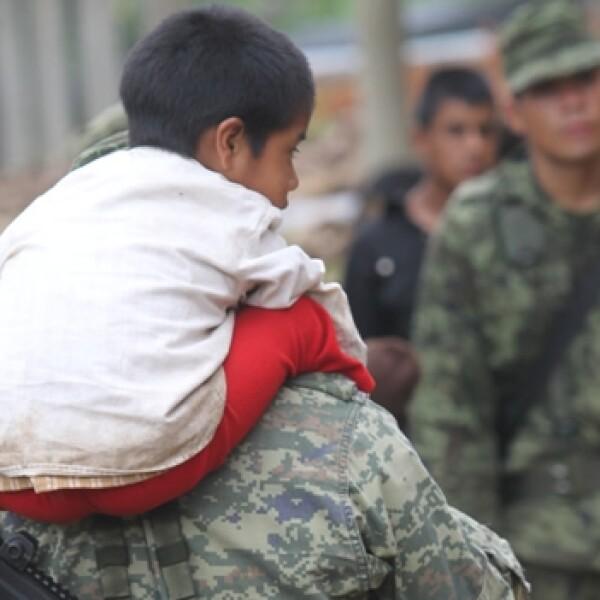 Soldados en rescate en Guerrero4