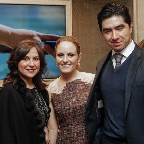 Ivonne Lebena,Alexandra Longanecker y Javier Lazcano