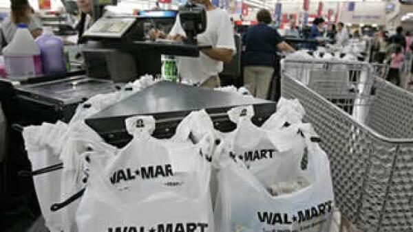 A partir de agosto los autoservicios deberán evitar el uso de bolsas que no sean biodegradables. (Foto: AP)