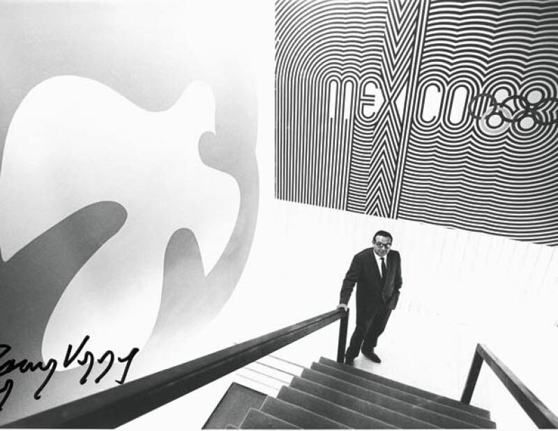 En 1968 el arquitecto fue nombrado Presidente del Comité Organizador de los Juegos Olímpicos y hasta la fecha sigue perteneciendo al Comité y es invitado todos los años a las Olimpiadas.