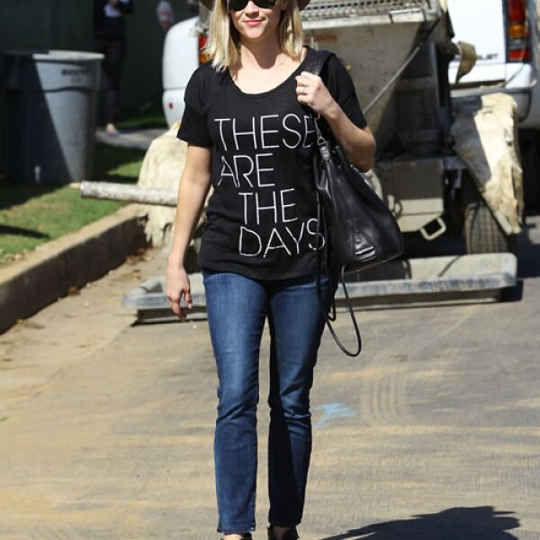 Reese Witherspoon, gran actriz y cantante, mide 1.56 mts.