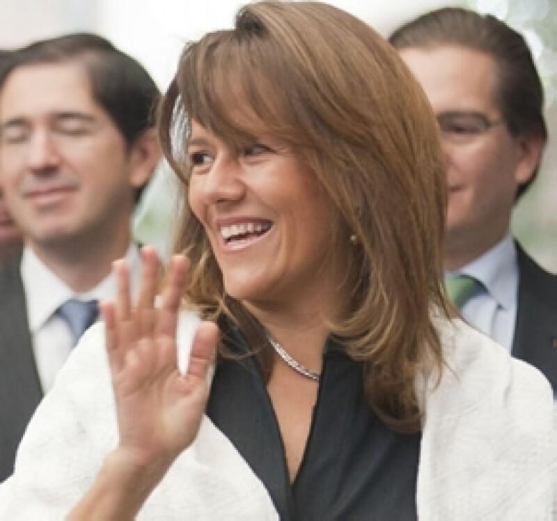 La esposa del Presidente de México, Felipe Calderón, se sometió a cirugía y ahora se encuentra en recuperación.