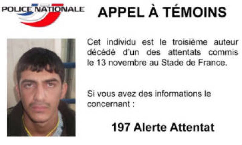 El hombre objeto de este nuevo llamado a testigos había presentado un pasaporte sirio a nombre de Mohammad al Mahmod. (Foto: Twitter/Policía Nacional de Francia)