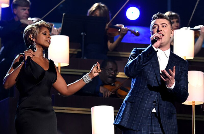 """Sam canto a dueto """"Stay With Me"""" con Mary J Blige."""