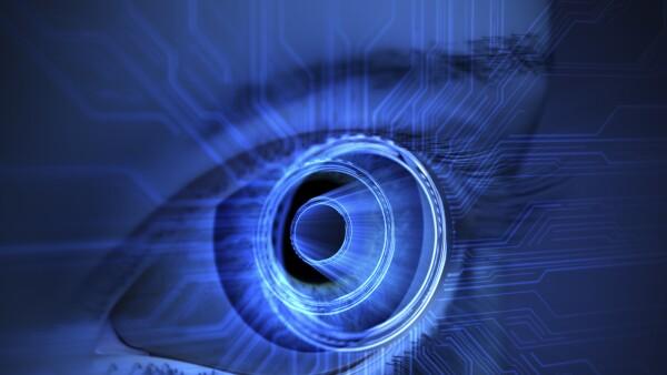 En ella se establece que la tecnológica inyectará lentes computarizados directamente en tus globos oculares.