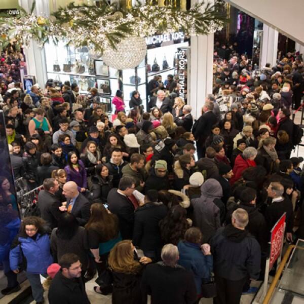Los pronósticos de ventas para este año son optimistas al estimarse que los estadunidenses gastarán un 4.1 por ciento más en promedio en sus compras navideñas en comparación al año pasado.