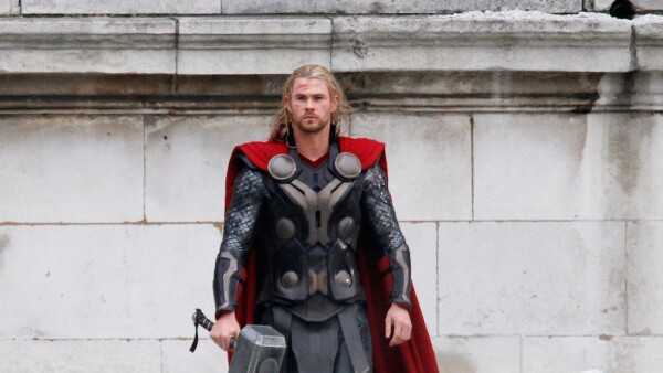 Set Of 'Thor 2' Sightings In London - November 16, 2012