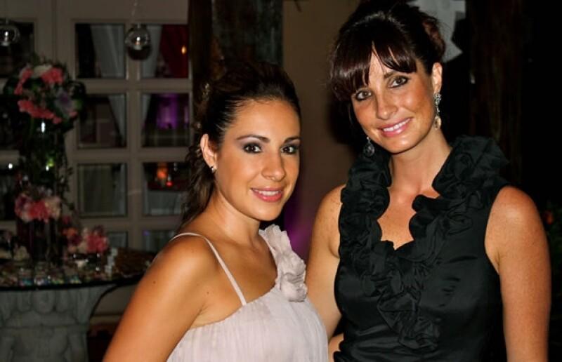 Mayalen también es socia de una empresa que organiza despedidas de solteros www.bachelorette.com.mx