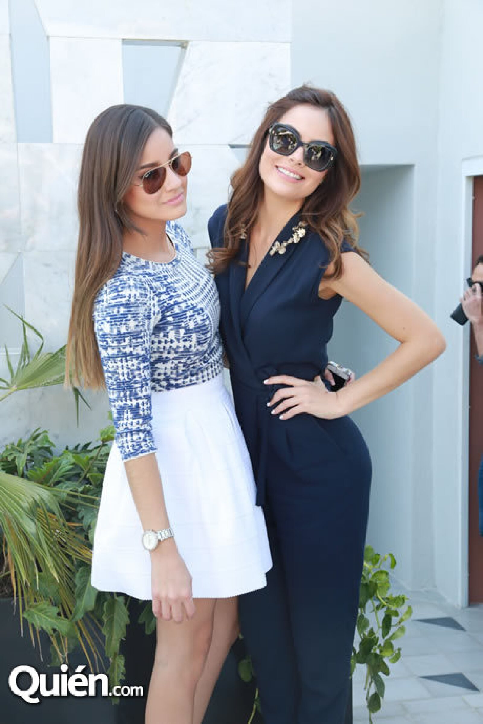 Mariana y Ximena Navarrete