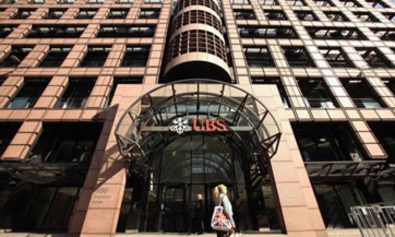 El problema de UBS es que no quiso aceptar la realidad de sus ambiciones, señalan expertos. (Foto: Getty Images)