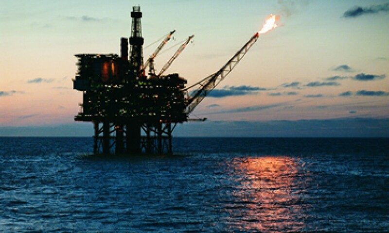 Se espera que a partir de 2015 existan contratos de hidrocarburos entre el Estado y la IP. (Foto: GettyImages)