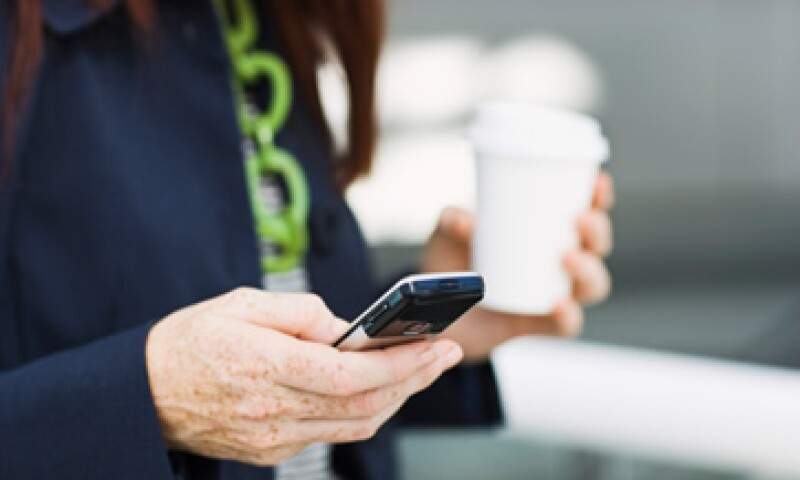 Se estima que existen poco más de 95 millones de líneas de celulares en México, según reportó The Competitive Intelligence Unit. (Foto: ThinkStock)