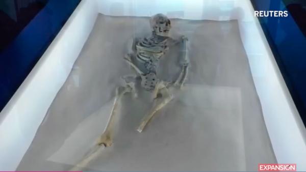 Arqueólogos mexicanos hallan restos mortales mayas en la cueva de Puyil