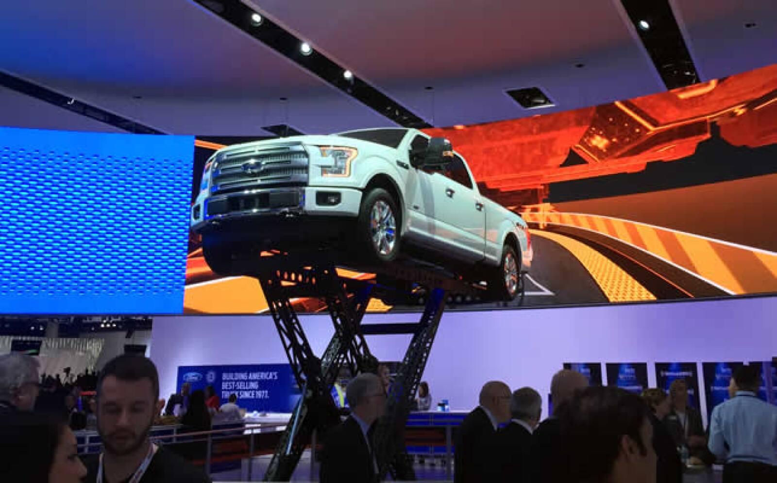 La automotriz presentó su nueva Pick Up durante el evento.