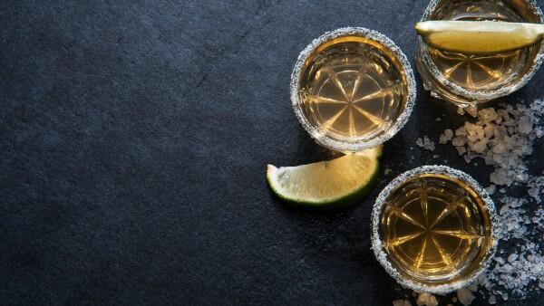 Apuesta por el tequila.