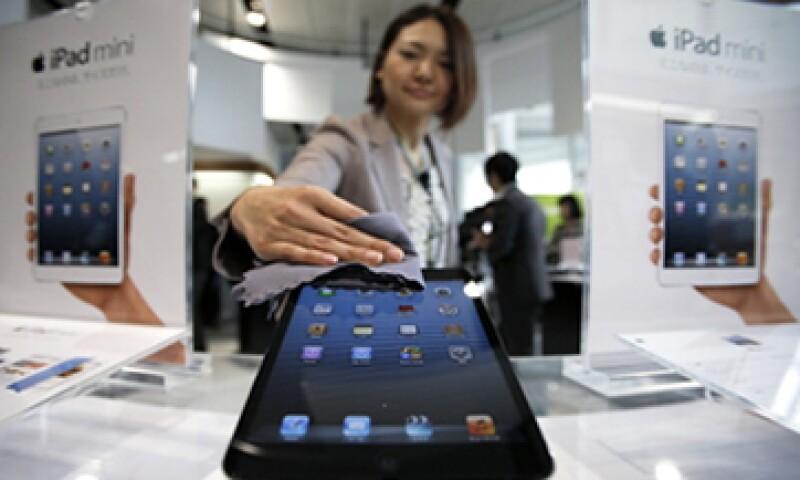 El negocio de la iPad cómodamente gana más dinero que Gap, la cadena de tiendas de ropa, según expertos. (Foto: Getty Images)
