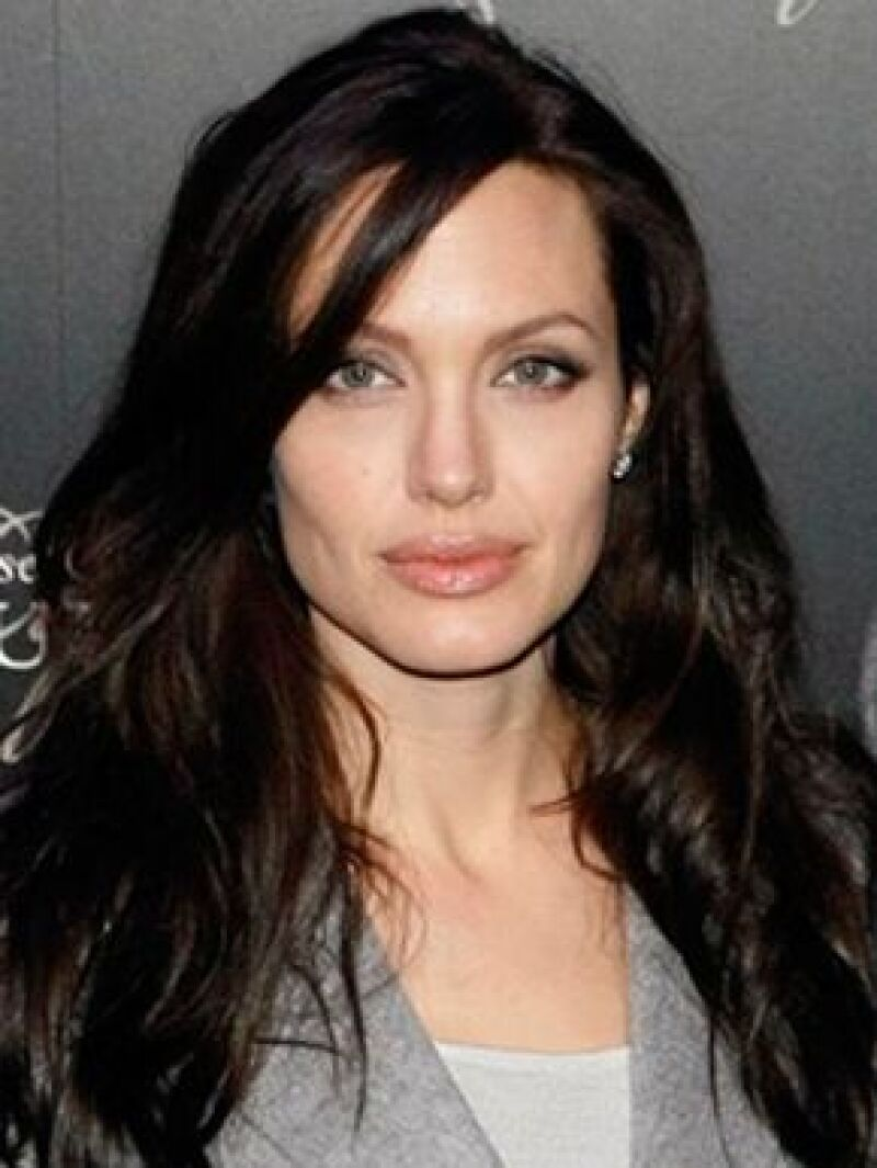 """De acuerdo con la revista """"The Insider"""", la actriz está en pláticas para ser la nueva """"Chica Bond"""""""