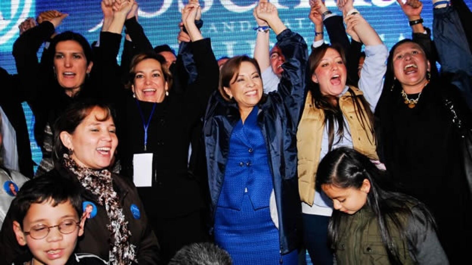 Vázquez Mota gana candidatura interna del PAN