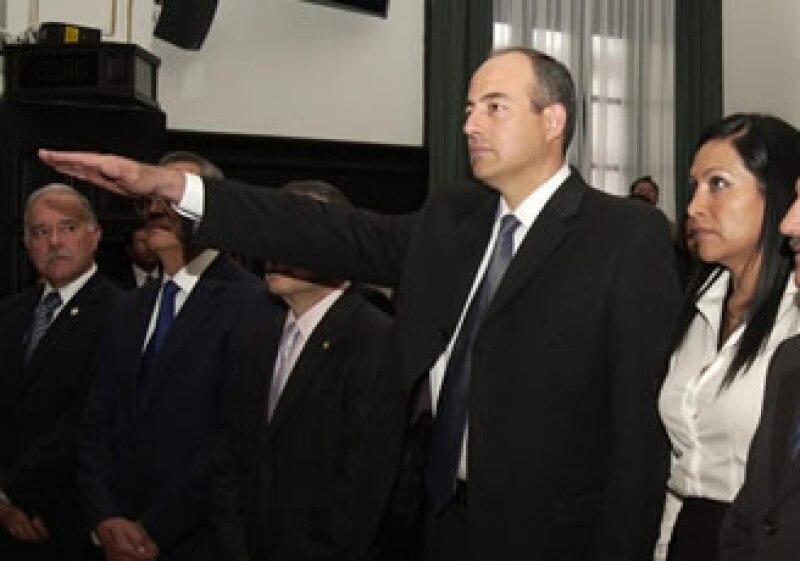 Arturo Chávez Chávez rindió protesta como nuevo titular de la PGR. (Foto: NTX)