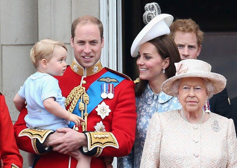 La pequeña princesa Charlotte fue la única que faltó al evento.