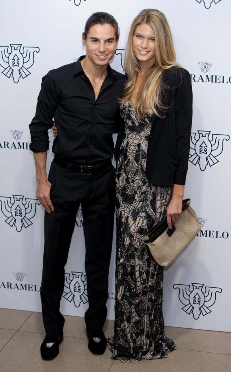 Julio Iglesias y su prometida Charisse Verhaert.