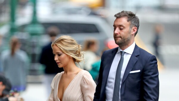 Jennifer Lawrence, Cooke Maroney fueron vistos en un registro civil de Nueva York.