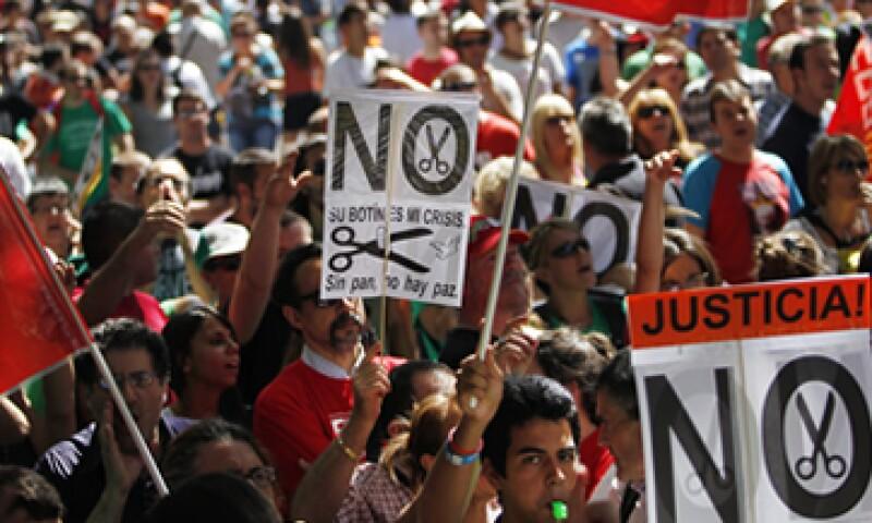 A la concentración se unieron grupos de trabajadores de distintos sectores. (Foto: AP)