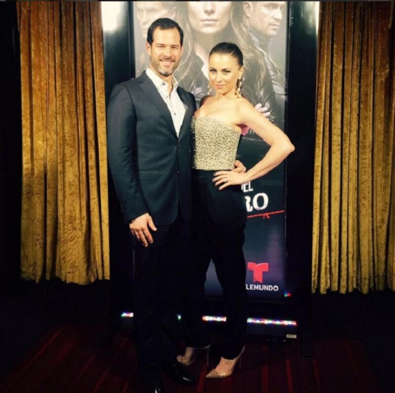 La actriz estuvo acompañada por su esposo, Emiliano Salinas, para la premiere de La Querida del Centauro.