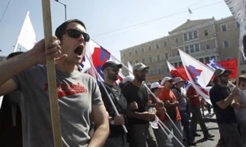La UE y el FMI han advertido que Grecia debe aplicar el plan de austeridad en cinco años. (Foto: Reuters)