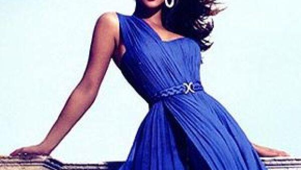 La cantante presentó la nueva colección de 'House of Deréon', marca que creó junto a su mamá.