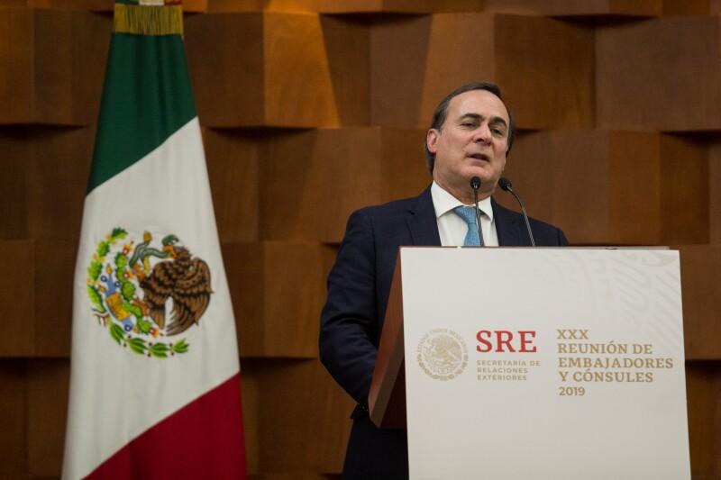 CCE Juan Pablo Castañón gasolina