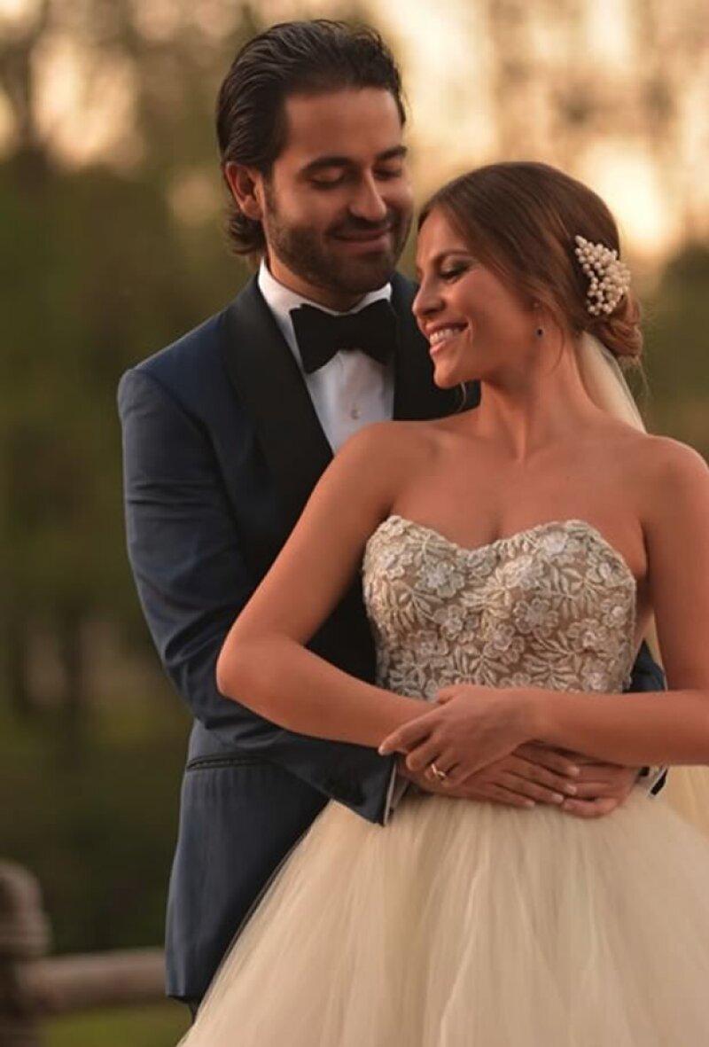 La agenda social de los tapatíos quedó full con tantas uniones matrimoniales. Aquí un recuento de las mejores bodas de este año, su historia de amor y  los vestidos más in de esta temporada.