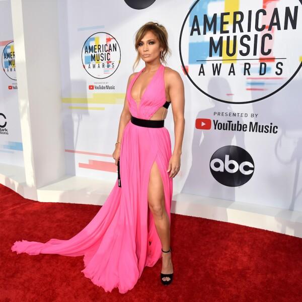 Los mejores look de los American Music Awards 2019