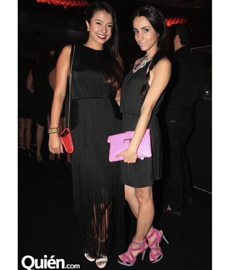 Chantal Torres con su total look negro con detalles rosas.