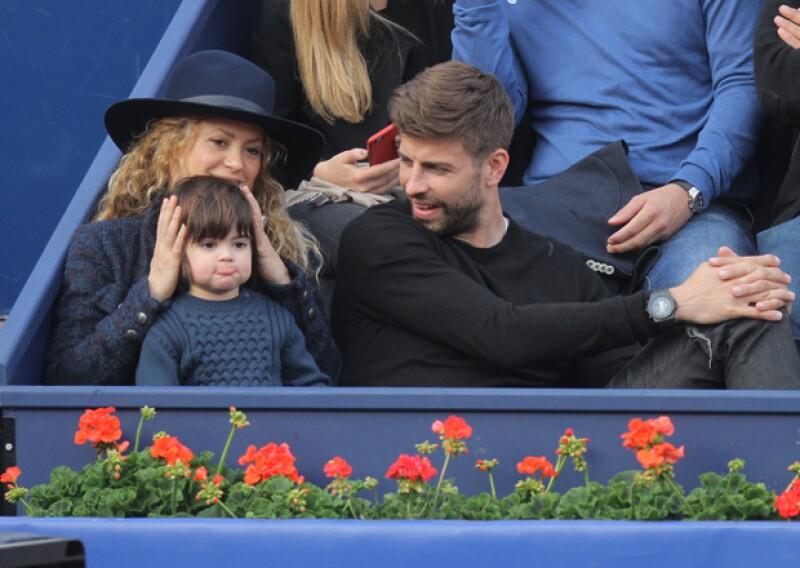 Los tres se mostraron muy relajados y como una familia muy unida en las gradas del estadio de tenis.