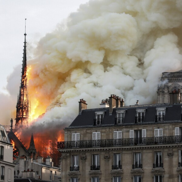 Incendio Notre Dame-15