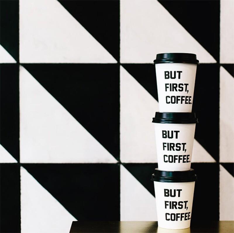 Aprovecha tus descansos, puedes salir por una café