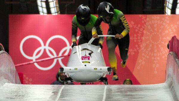 Jamaica hace historia en los Juegos Olímpicos en la categoría de Bobsleight