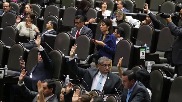 De acuerdo Daniel Ordoñez,, las iniciativas enviadas por EPN serán debatidas a la brevedad en la Cámara de Diputados.