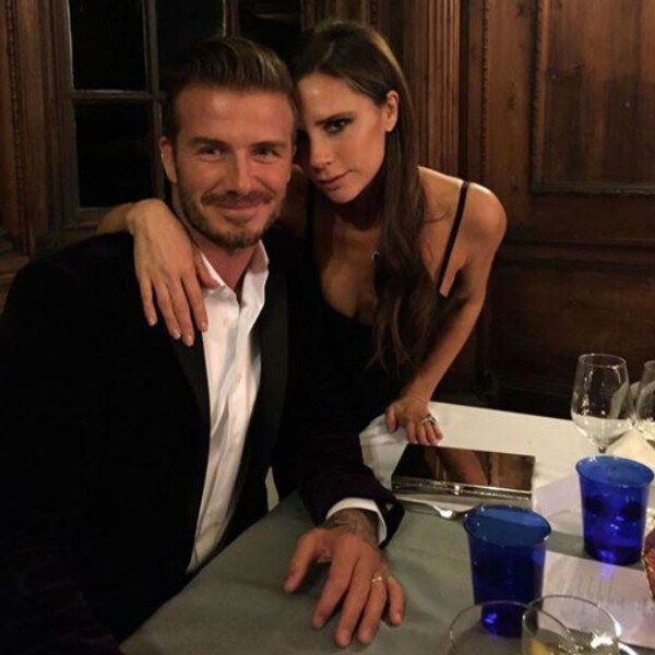 Strike a pose! Así lucieron los esposos Beckham en la presentación del whisky en Escocia.