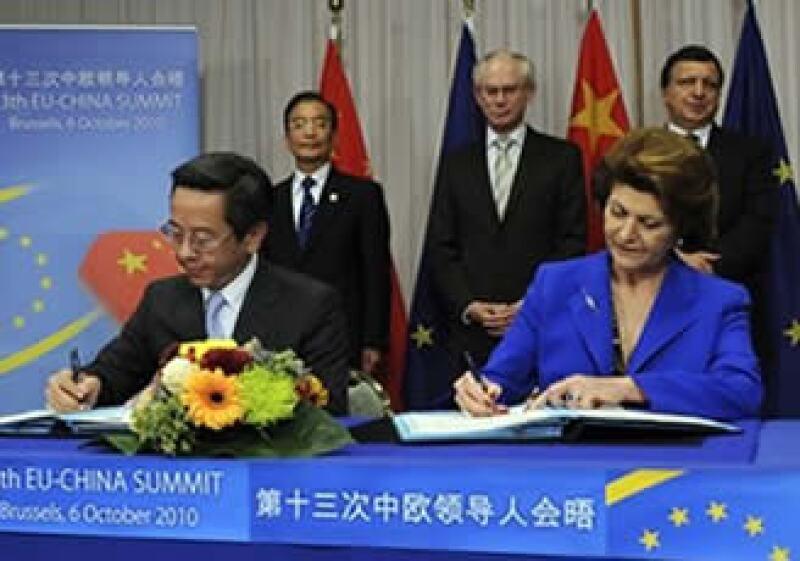 Europa continuará con su discurso sobre la carga que implica un yuan subvaluado al comercio internacional. (Foto: AP)