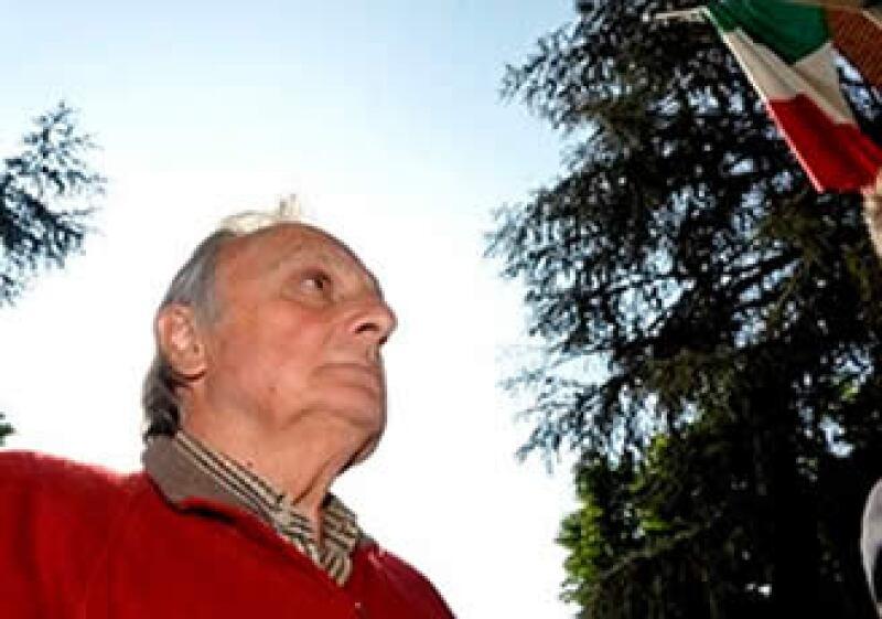 El expresidente de la compañía, Calisto Tanzi, fue detenido la tarde de este jueves. (Foto: AP)