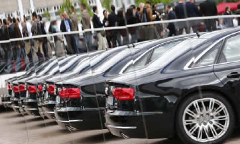 La AMIS estima que al cierre del año el robo de autos ascenderá a 63,750 autos. (Foto: Reuters )