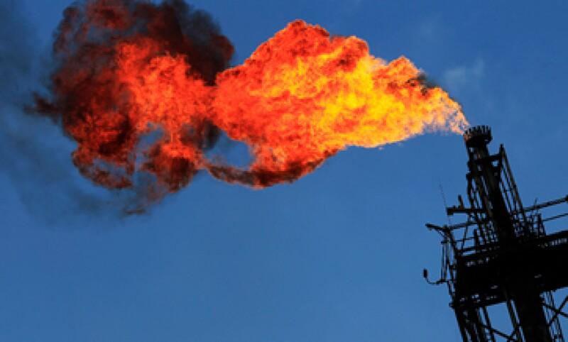 Pemex deberá elegir qué pozos quiere mantener luego de la reforma energética. (Foto: Reuters)